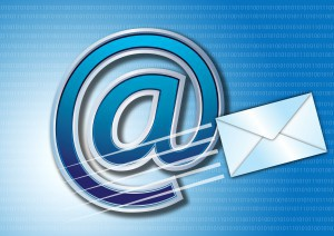 email-Fotolia_3151708_Subscription_L-300x212